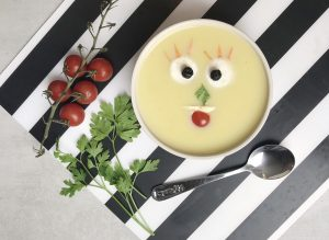 zucchini-pumpkin-pottage-soup-chowder-meal-recipe-Iceberg Salat Centar