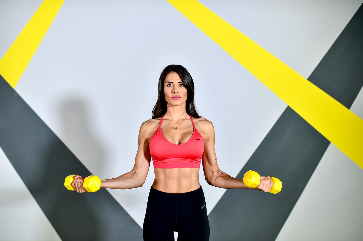 training-fitness-exercise-workout-health-nutrition-bodyshape-weights-Iceberg Salat Centar
