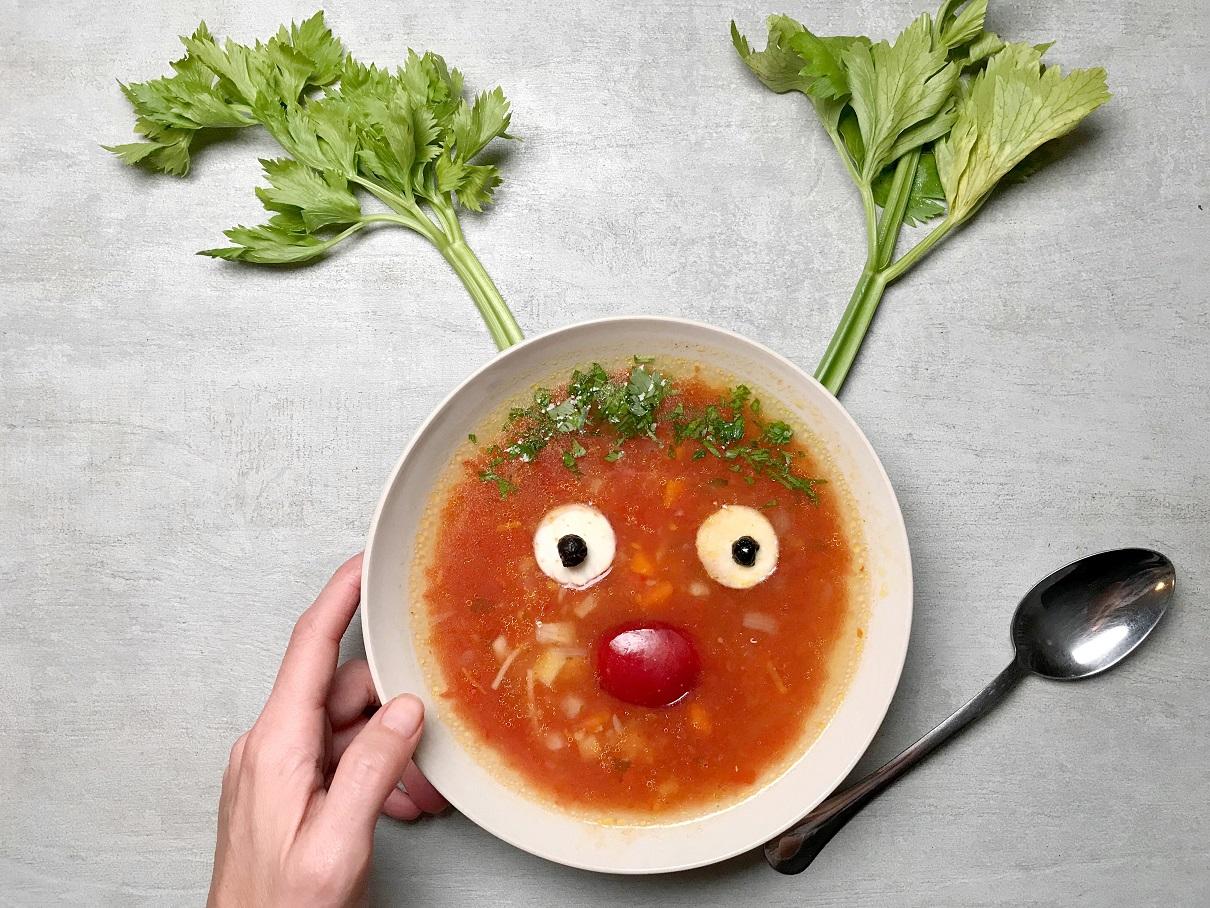 tomato soup-soup-tomato-recipe-chowder-klub zdravih navika-iceberg salat centar-healthy-vegan-feasting