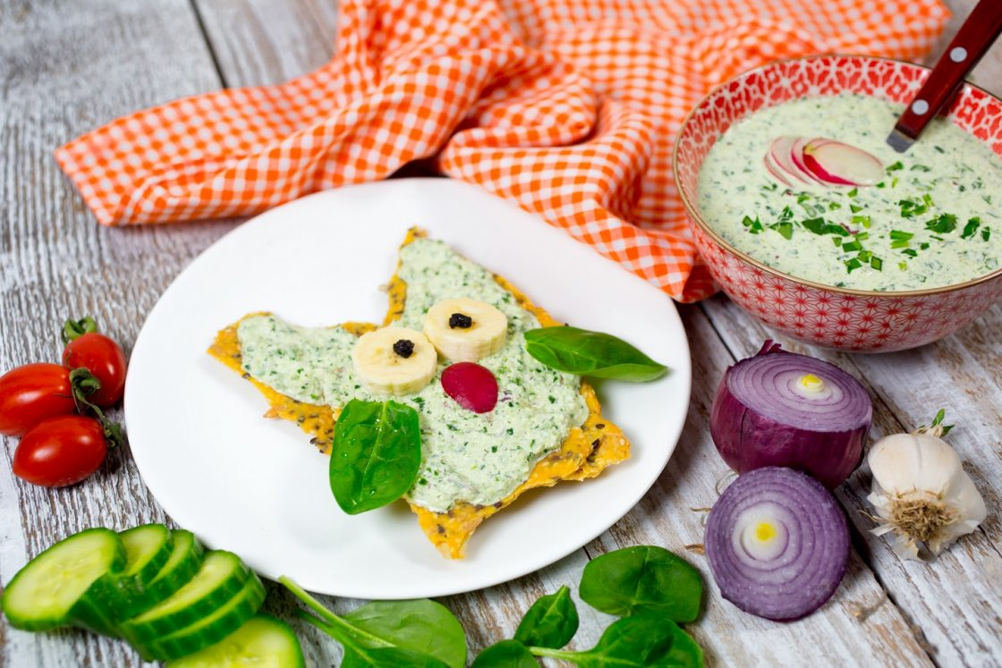 cucumber and baby spinach spread