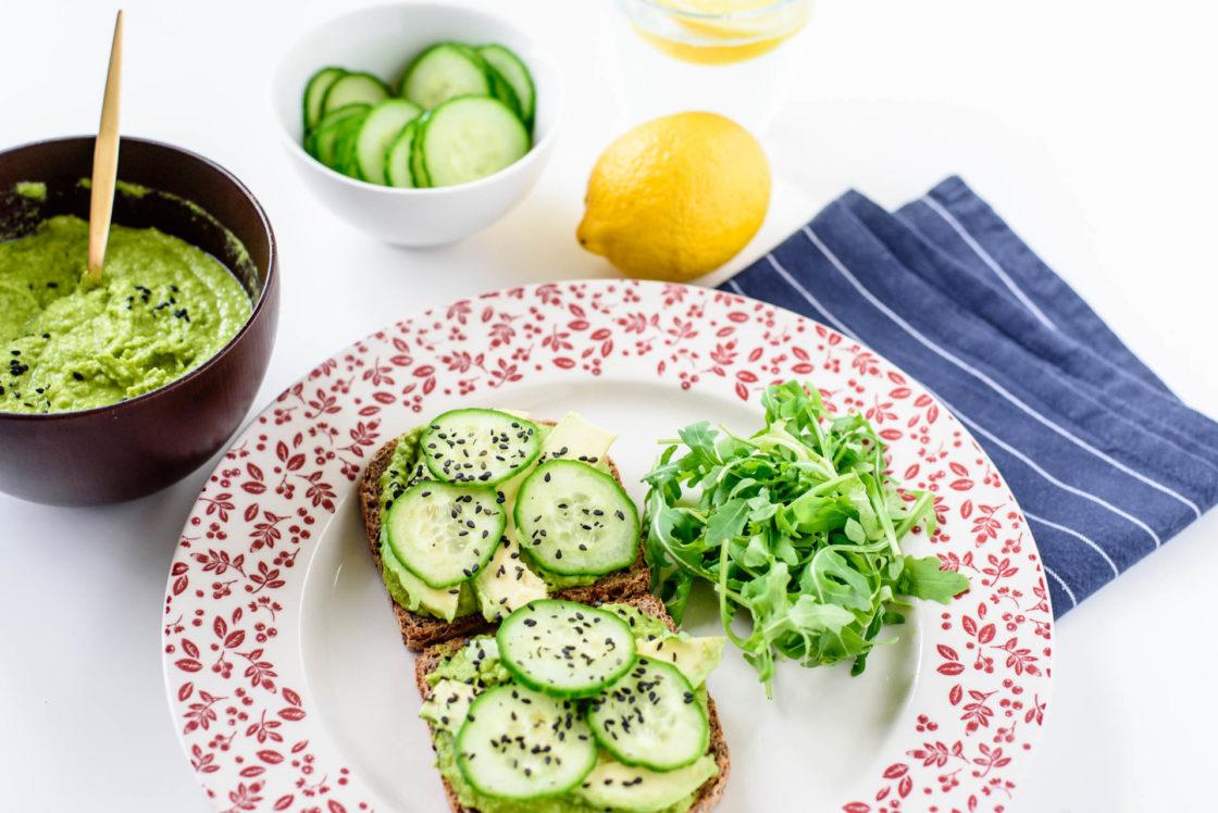 homemade humus, avocado and cucumbervegansandwich